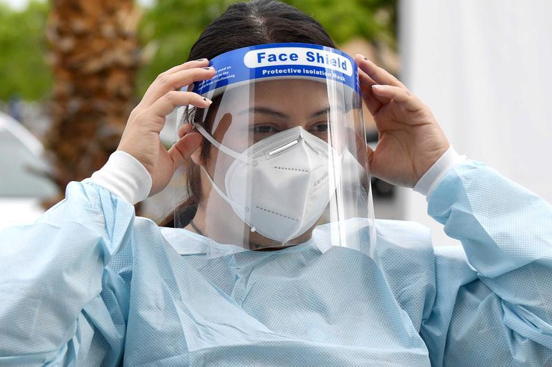 Pelindung Wajah Efektif Tangkal Virus Corona hingga 96 Persen