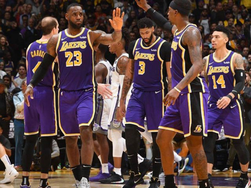 Dua Pemain Los Angeles Lakers Positif Corona