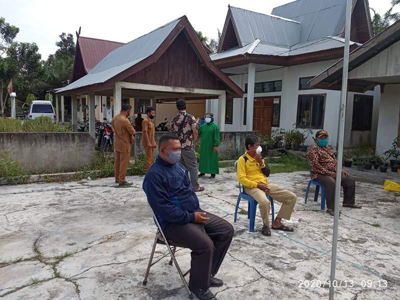 Swab Negatif, Penghulu dan Perangkat Kampung di Bungaraya Lega