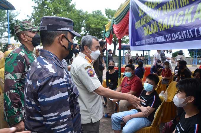 Lanal Dumai Gelar Vaksinasi Covid-19 di Pulau Terluar