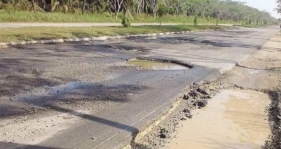 1.600 Km Jalan Kabupaten Kondisi Rusak