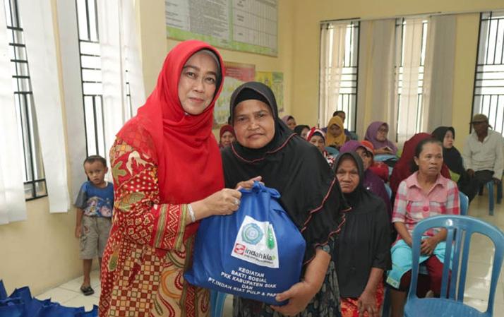 Upaya Rasidah Tumbuhkan Kepekaan Sosial di Momen Ramadan