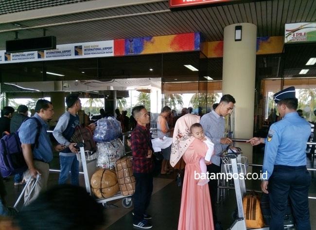 Harga Tiket Mahal, Penerbangan di Hang Nadim Berkurang