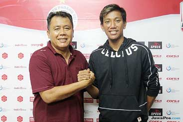 Semen Padang Resmi Kontrak Eks Arema FC