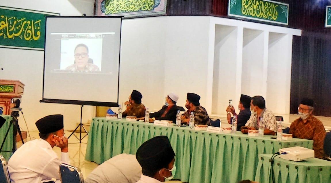 Rektor UIN Riau Beri Kuliah Umum Santri Baru Perguruan Thawalib
