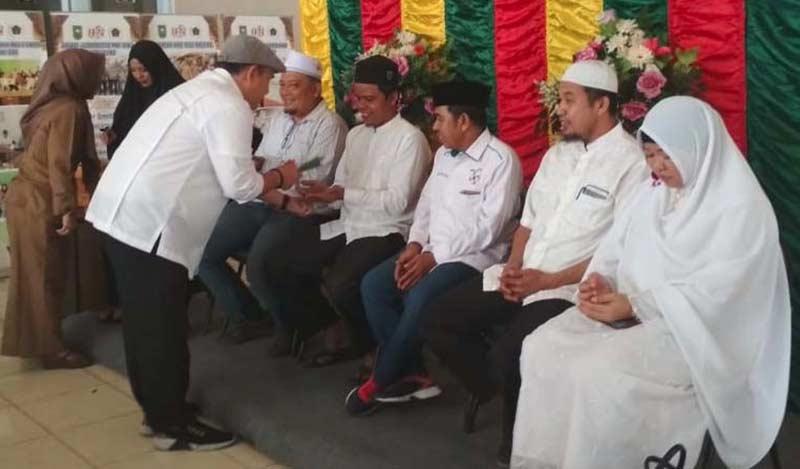Enam Wartawan PWI Riau Dilepas ke Tanah Suci Makkah