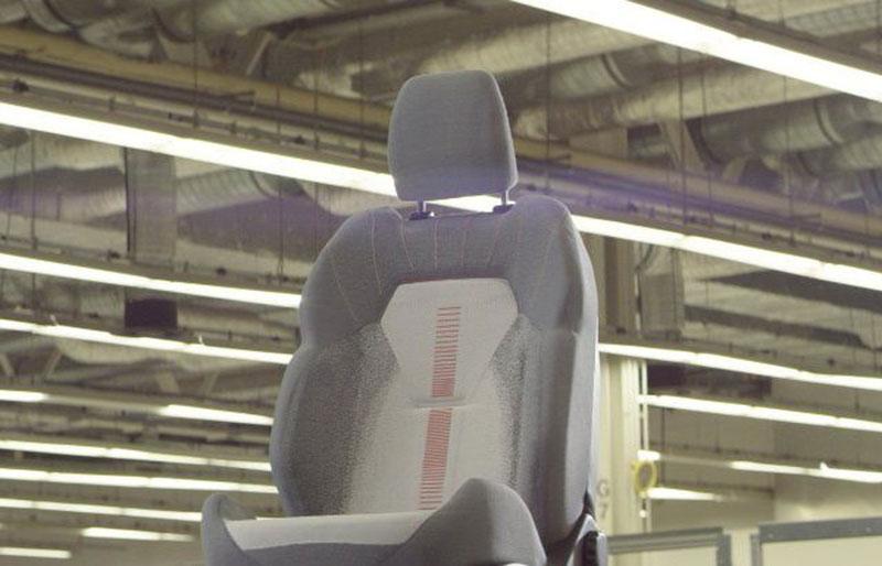 Ford Kenalkan Jok Mobil 3D dengan Teknologi Support Wireless Charging