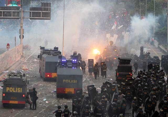 Polisi Larang Masyarakat Demo, IPW: Sudah Melanggar Undang-undang