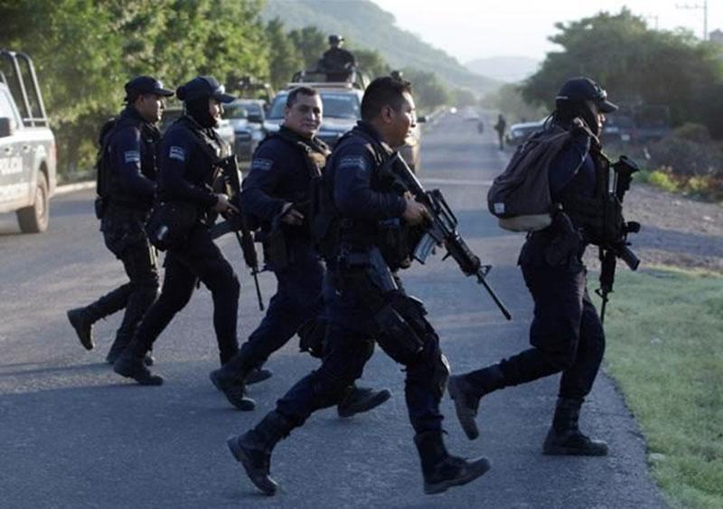 Aksi Brutal Kartel Narkoba, 13 Polisi Tewas dan 9 Terluka