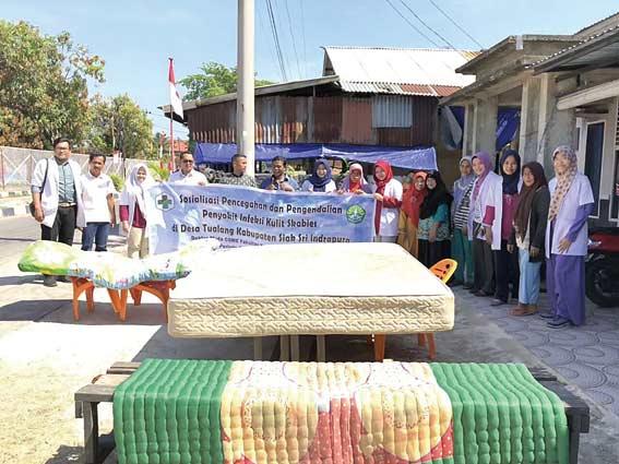 Diserang Tungau, Warga Tualang Jemur Kasur Secara Massal