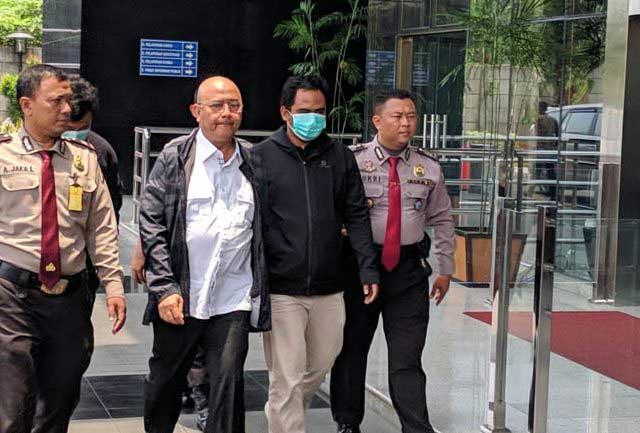 Dzulmi Eldin, Wali Kota Medan Pilih Bungkam saat Tiba di Gedung KPK