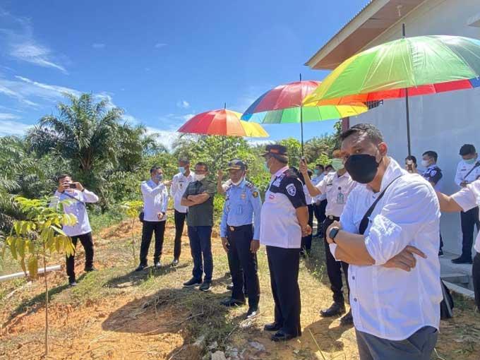 Tinjau Perencanaan Pembangunan Lanjutan Lapas Narkotika Rumbai