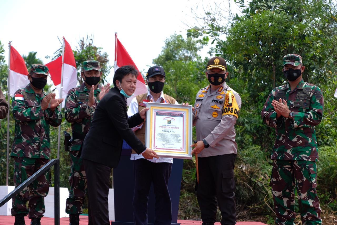 Irjen Pol Agung Terima Penghargaan Promoter Reward