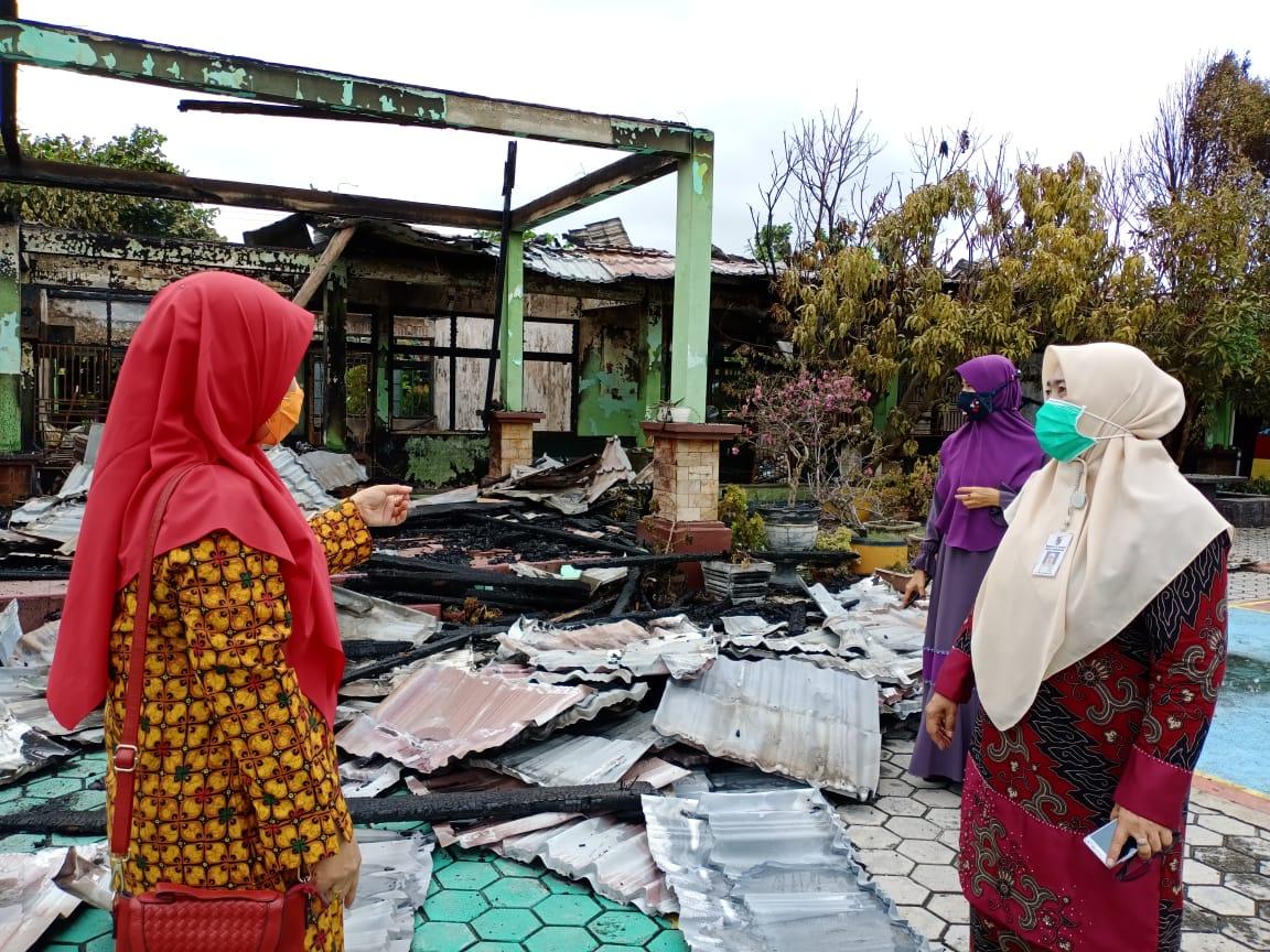 Ijazah Siswa dan 12 Ruangan SMP N 7 Pekanbaru Ludes Dilahap Api