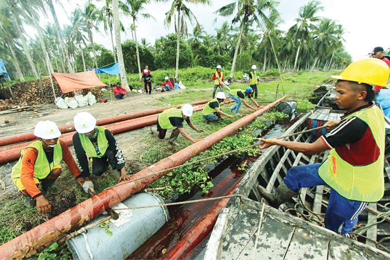 Delapan Desa Resmi Dialiri Listrik
