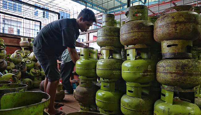 Warga Keluhkan LPG 3 Kg Mulai Langka