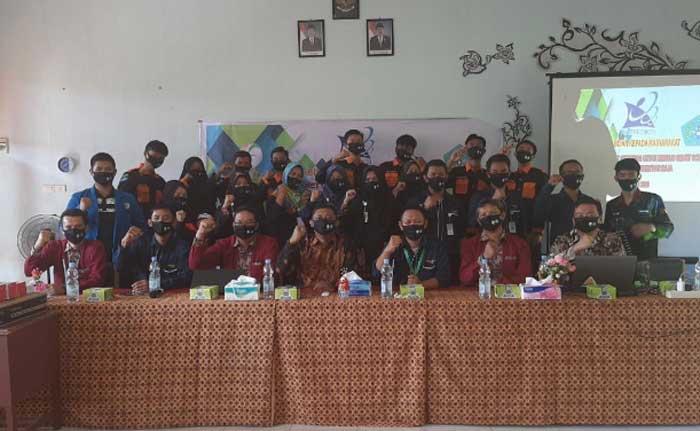 STMIK Amik Riau Berikan Pelatihan Teknologi di SMKN 1 Perhentian Raja
