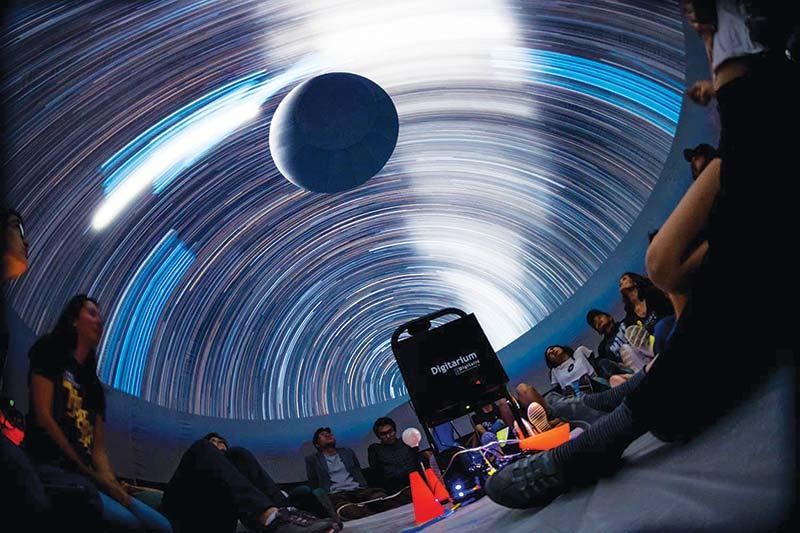 LAPAN  Bangun Mini Planetarium