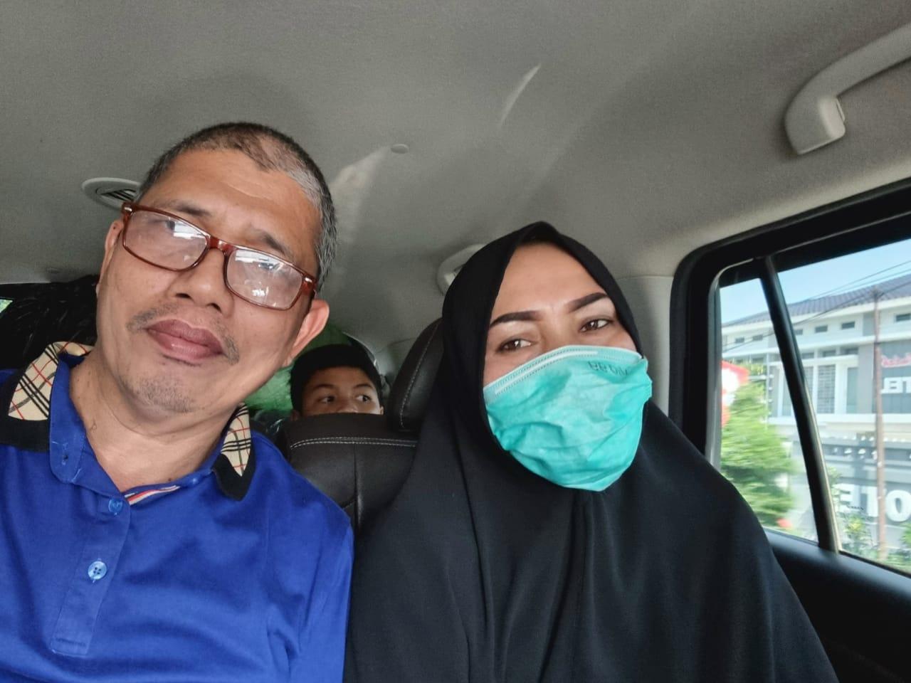 Momen Mesra Khairuddin-Ervina Setelah Berjumpa