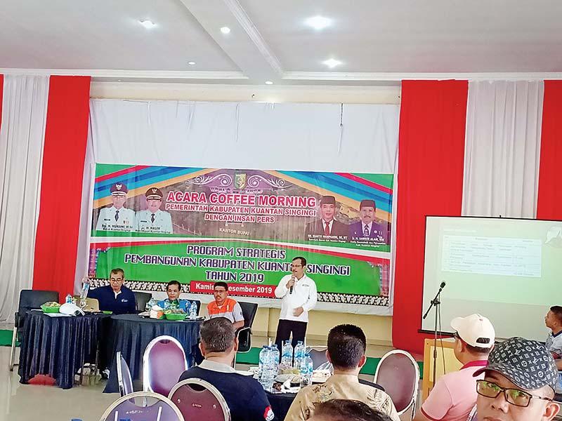 Bupati Dialog dengan Mahasiswa Jogjakarta