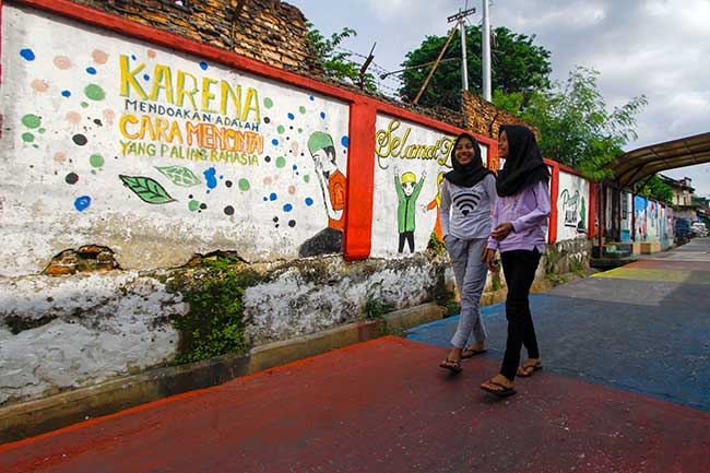 Mural di Kampung Bandar
