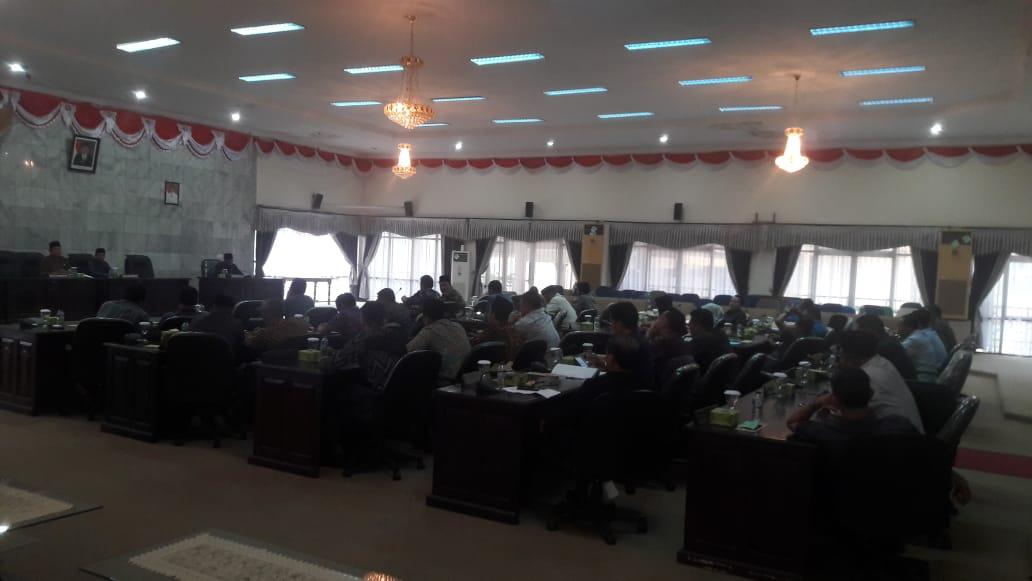 Melanggar UU, Paripurna Pembentukan Fraksi DPRD Inhu Ditunda