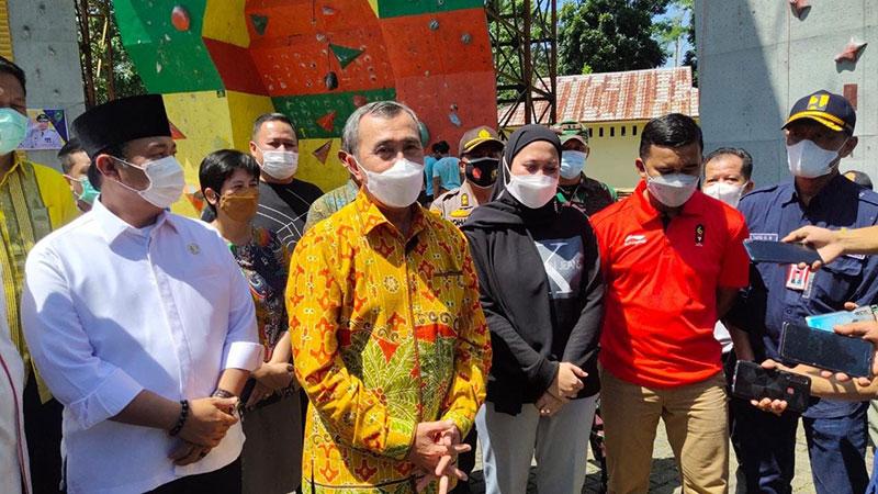 Gubernur Riau Janji Bangun Ruas Jalan Rengat-Tembilahan