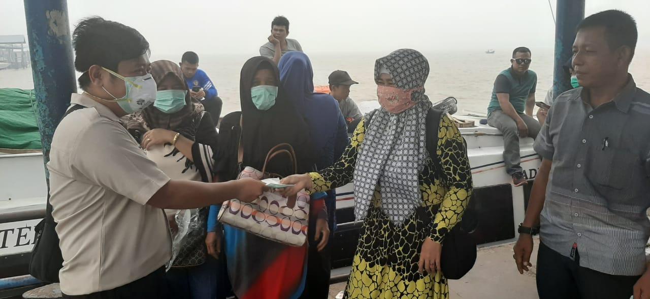 Kespel Bagikan Masker di Pelabuhan Pelindo