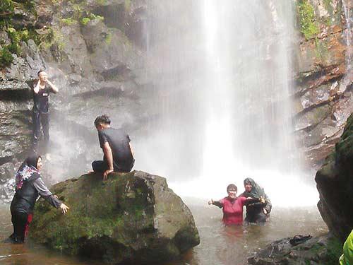 Melihat Objek Wisata Batangkoban di Lubuk Ambacang
