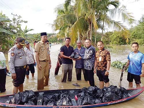 Bantuan Banjir Mulai Disalurkan ke Warga