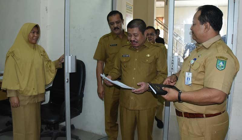 Bupati Sidak Unit Kerja Tiga Kecamatan
