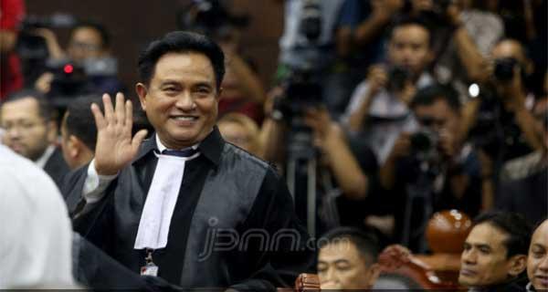 Yusril Konsultasi dengan Jokowi Terkait Pengakuan Saksi Paslon 02
