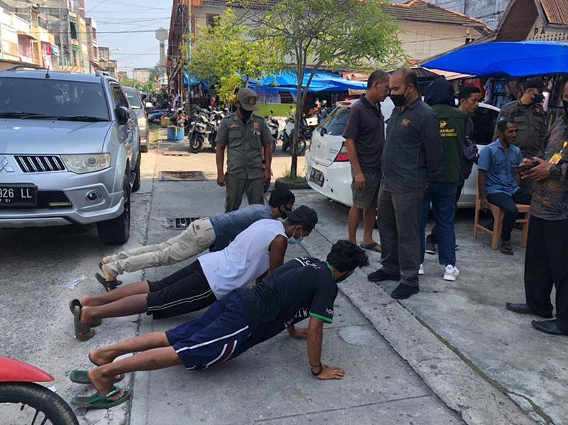 Pelanggar Prokes Ditindak Petugas Gabungan