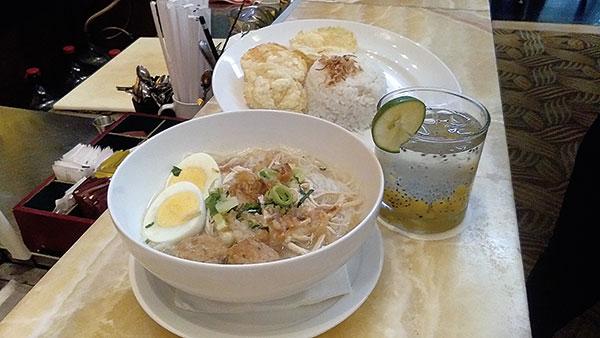Swiss Belinn Hotel Sajikan Soto Banjar di Festival Kuliner Soto Nusantara