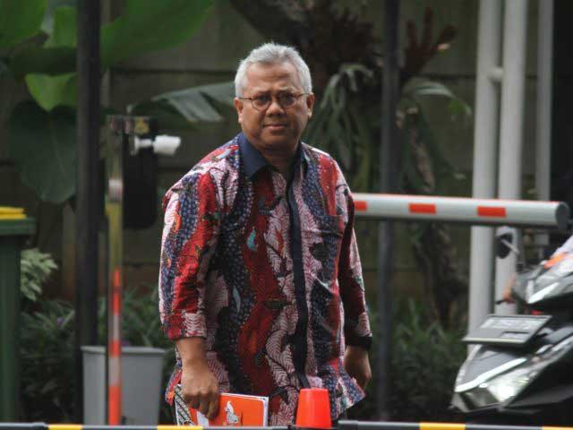 KPK Dalami Pertemuan Ketua KPU-Harun Masiku