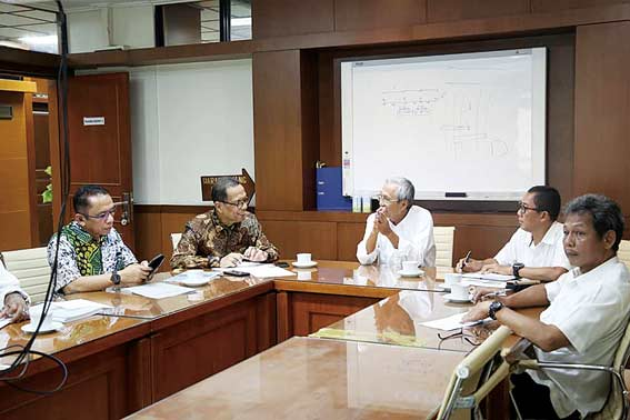 Bupati Perjuangkan Pembangunan Jembatan ke Kementerian PUPR RI
