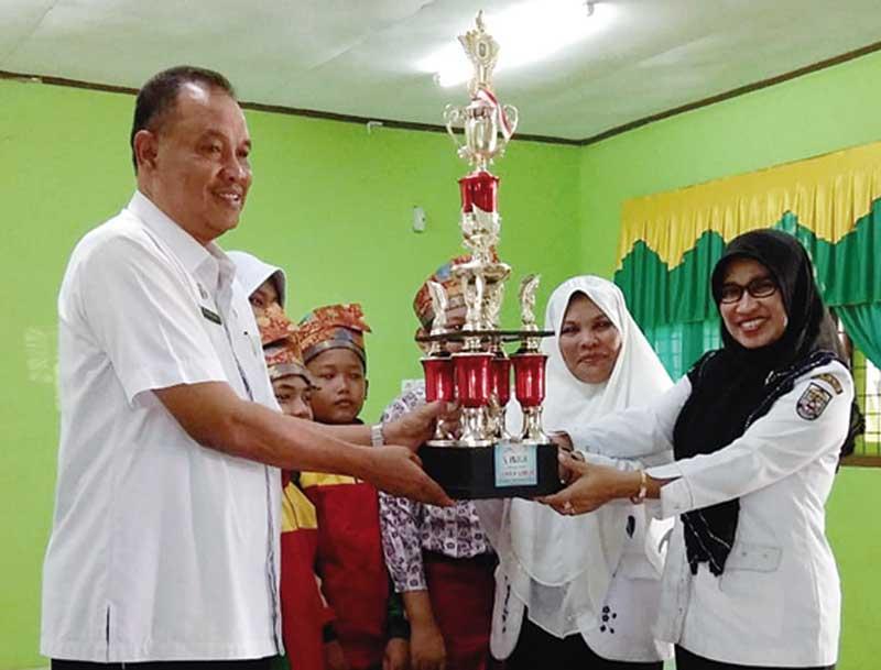 Dua Sekolah di Pelalawan Wakili Riau Ke Tingkat Nasional Raih Juara Umum FLS2N