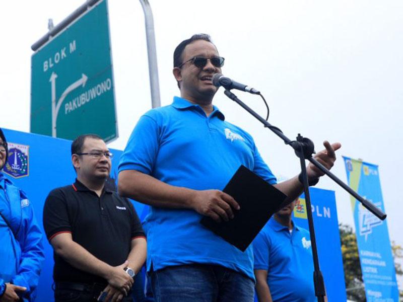 Anies Minta Oknum Satpol PP Pembobol Bank DKI Diproses Hukum