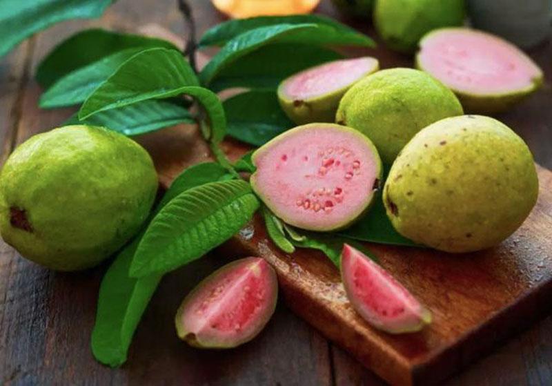 Kendalikan Diabetes dengan Makan Salad Jambu Biji