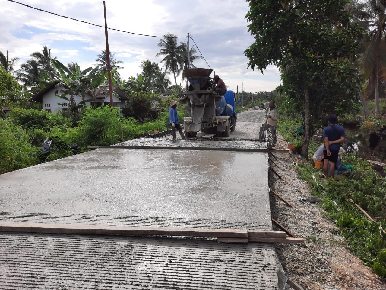 Sisa Ratusan Meter, Jalan Poros Lukun-Sei Tohor Rampung Sebelum 2021