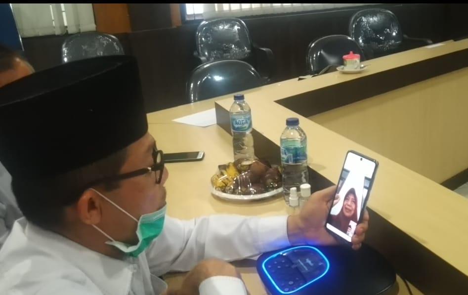 Video Call dengan Wako Dumai, Ini Pesan Pasien Positif Covid-19