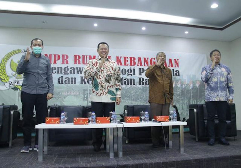 Ketua MPR Ajak Semua Elemen Bersatu Hadapi Wabah Virus Corona