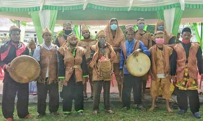Mengenal Tari Suku Sakai yang Tampil dalam HUT Bhayangkara di Bengkalis
