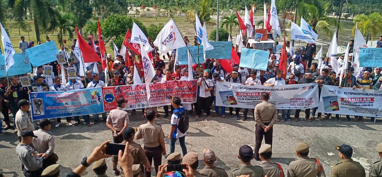 Tolak RUU Omnibus Law, FSP2KI Gelar Demonstrasi