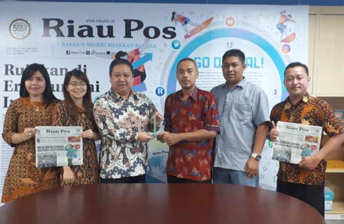 Kunjungi Riau Pos, PT RFB Edukasi Industri Perdagangan Berjangka