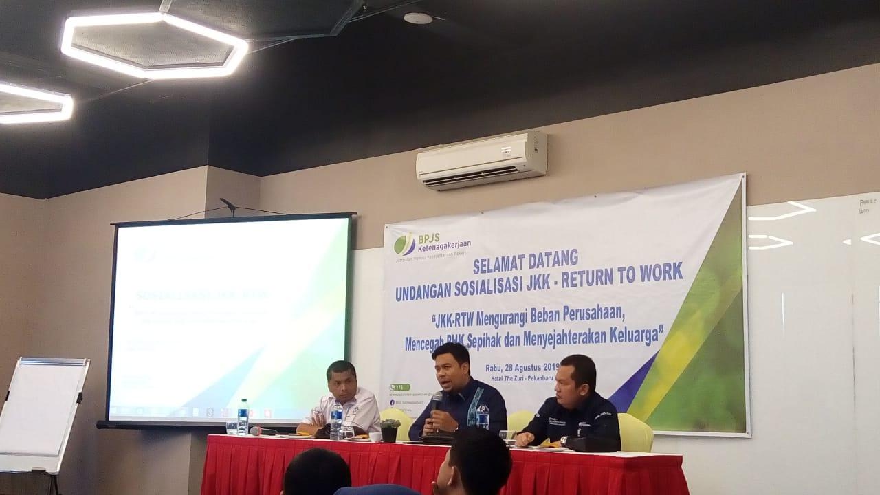 BPJS TK Pekanbaru Sosialisasi Pengembangan Program JKK-RTW