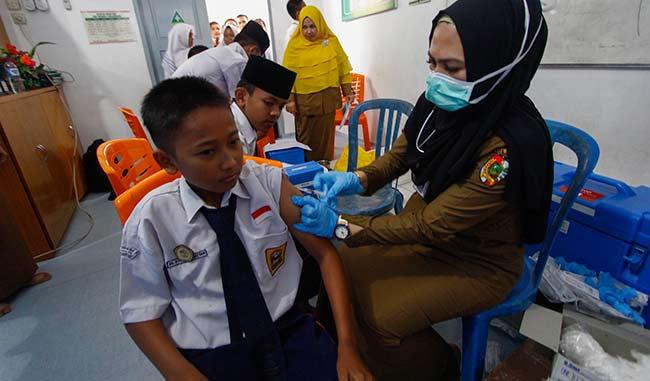 Pekanbaru Terendah Kedua Realisasi Vaksinasi MR