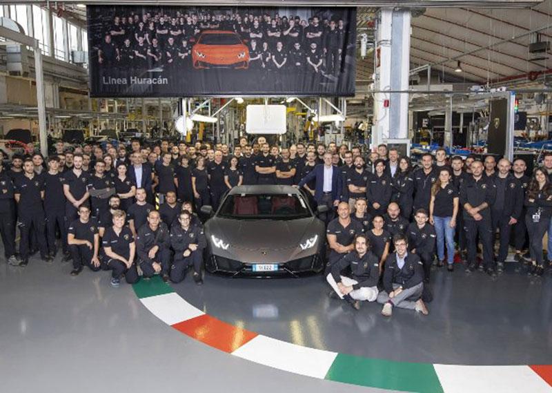 Huracan Cetak Rekor Baru Sebagai Mobil Terlaris Lamborghini