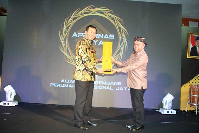Wako Raih Penghargaan  Bergengsi dari Appernas Jaya