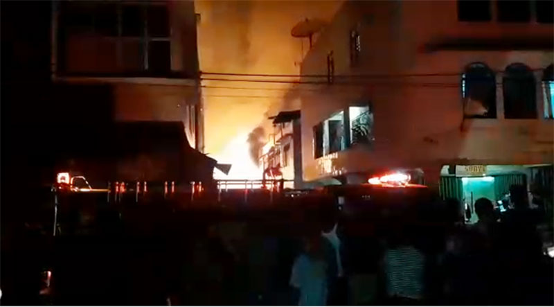 Pasar Terapung Tembilahan Ludes Terbakar